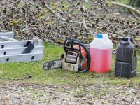 Everything You Need to Know About Mixing Chainsaw Fuel