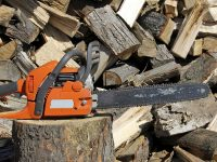 How to Know You've Got the Right Chainsaw Chain Direction
